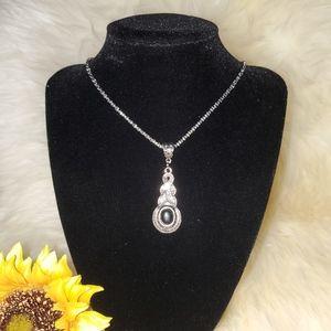 Silver chain w/ Marcasite Pendant